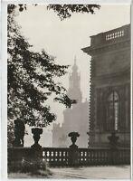 Ansichtskarte Dresden - Blick vom Wall des Zwingers zur Propsteikirche - s/w