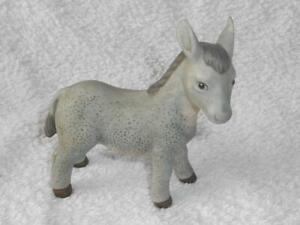 Goebel Nina Marco Limpke Krippenfigur  - Esel  ca. 9 cm