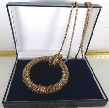 Hermoso Collar De Colección Década de 1960 tono oro cadena con colgante circular Mod