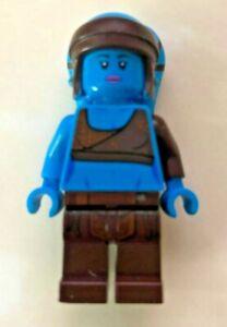 Lego Figure -  Aayla Secura - Blue Skinned Jedi - Star Wars - VGC