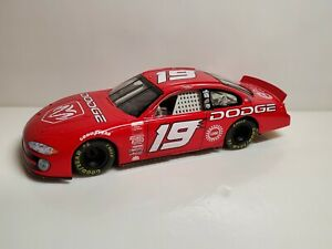 Hasbro Nascar 2001 Casey Atwood #19 UAW Red Dodge Intrepid 1:24 Scale Diecast