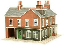 METCALFE PN116 N Scale Corner Shop & Pub Card Kit Red Brick