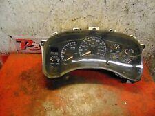 99 00 01 02 GMC Sierra Silverado speedometer instrument gauge cluster 15059383