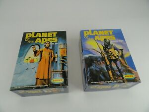 2 Aurora Planet of the Apes Model Kits Dr. Zira and General Ursus