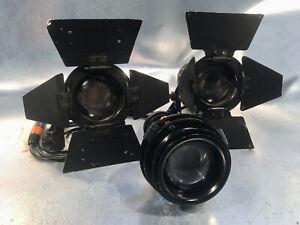 Set mit 2 Stück DEDOLIGHT DLH2 mit Dimmer, Projektionsvorsatz, RIMOWA Case DEDO