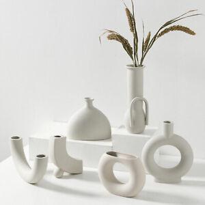 Minimalist White Modern Art Vase Ceramic Flower Vases Decoration for Living Room