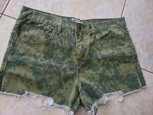 Free People Camo High Rise Short Size 31 NWOT Jeans
