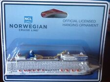NORWEGIAN EPIC NCL VTG RESIN CRUISE SHIP MODEL NORWEGIAN CRUISE LINES ORNAMENT