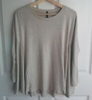 IC By Connie K Womens Long Sleeve Beige Oversized Tee Shirt Top Size Small