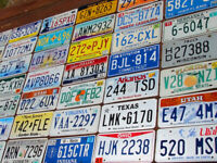 SET OF 30 LICENSE PLATES ALL DIFFERENT STYLES - TAGS LOT ART CRAFT