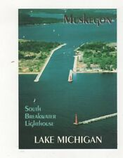 Muskegon Lighthouse Lake Michigan Postcard USA 408a ^