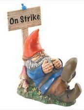 HOME GARDEN FANTASY DECOR GNOME ON STRIKE STATUE FIGURINE