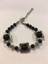 NEW Fashion Tibet BLACK AND SILVER bead bracelet-B705
