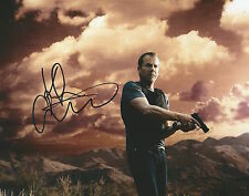 Kiefer Sutherland Signed Autographed 8x10 Photo 24