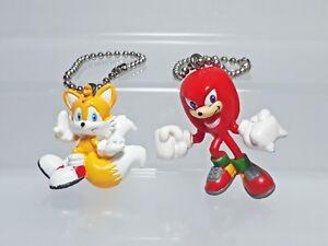 "Tails Knuckles Sonic the Hedgehog Figure Keychain Set (2) SEGA Japan 1.25-1.5"""