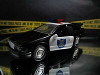 ROAD CHAMPS SACRAMENTO, CALIFORNIA POLICE-2001 Ford Crown Vic 1/43 Scale