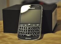BlackBerry Bold 9900 8GB -Black+ 9/10 CONDITION~(Unlocked)+ ON SALE~