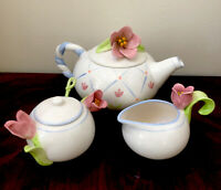 Avon's Elegant Blooms Series Tulip Tea Pot Creamer & Sugar With Lids And Spoon