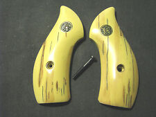 Smith Wesson J Frame Smooth AGED Bonded Ivory Round-Butt Grips W/S&W Medallions