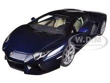 LAMBORGHINI AVENTADOR LP700-4 ROADSTER DARK BLUE/BLUE HERA 1/18 BY AUTOART 74698