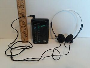 GE Walkman Portable Pocket AM FM Radio with Headphones