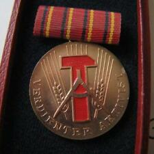 DDR , East Germany Communist Activist Medal with certificate !