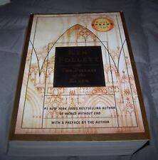 The Pillars of the Earth by Ken Follett (2007, Paperback, Deluxe)