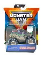 """2020 Spin Master Monster Jam """"GRAVE DIGGER"""" Mix 10, w/ VIP Green Wristband - NEW"""
