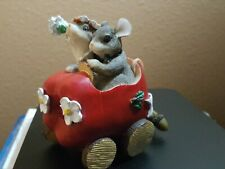 """Charming Tails The Getaway Car """"Just Married� Apple Car"""