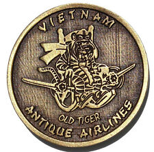 """Challenge coin Vietnam """"Old Tiger"""", Antique Airlines, 360th TEWS, 6994 SS, EC-47"""