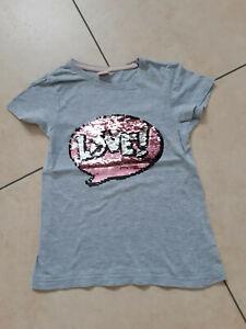 """TOP: kurzärmliges T-Shirt Gr. 128 in grau mit Wendepailetten """"LOVE"""""""