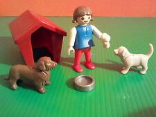 sympa niche avec chien  playmobil  ( maison , ville , zoo  ) 0016