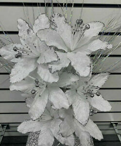 WHITE ARTIFICIAL BUNCH OF FLOWERS WITH SILVER BLOOMERS ROMANY Bling Crushed