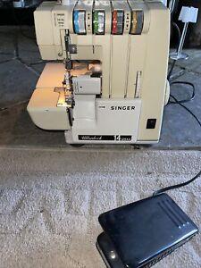 Singer Ultralock 14U64A Serger Sewing Machine