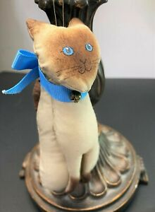 VTG Gladys Boalt 1980 Signed Handmade Cloth Siamese Cat Collectable Ornament