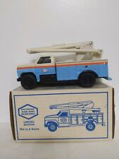 Ertl Limited Edition Baltimore Gas and Electric 1993 Utility Bucket Truck