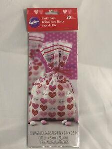 "NEW Happy Valentine's Day Plastic Cello Treat Bags w/ties ~ 20 BAGS ~ 4"" x 9.5"""