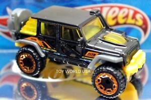 2020 Hot Wheels HW Hot Trucks '17 Jeep Wrangler