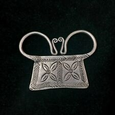 Personality retro Chinese pure hand-carved Miao silver lock necklace pendant