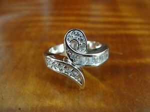 Ribbon Shape with Cubic Zirconia Stones Band Sterling Silver 925 Ring 7