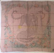 Authentic 90 cm HERMES silk scarf Jungle Love dans Brun (Brown)