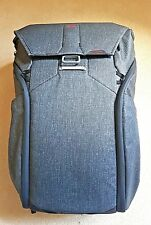 Peak Design Everyday Backpack 30L Charcoal Brand New --- Never Used