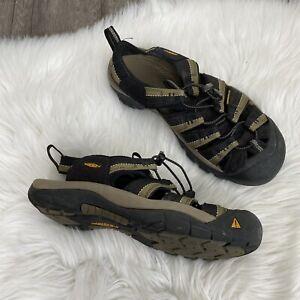 Keen Mens 10 Water Shoes Waterproof Leather Sandals Hiking NEEDS REPAIR