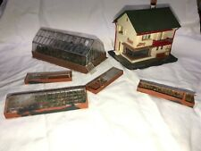 Faller HO Scale Building, B-220 Flower Shop & Greenhouses