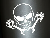 1 x 2 Plott Aufkleber Totenkopf mit Kolben Skull Kopf Turbo Sticker Tuning Fun