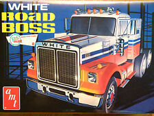 AMT 1:25 White Road Boss Truck Tractor Unit Model Kit