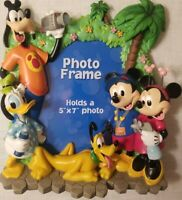 Disney Parks Authentic Mickey & Friends Photo Picture Frame 3D 5x7 nice cute