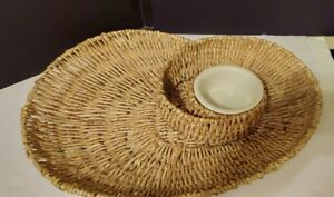 """Pottery Barn Willow Chip and Dip Basket. Excellent Condition. Nice Piece! 20"""""""