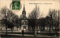 CPA Ozoir le Breuil - La Mairie et l'Ecole (360021)
