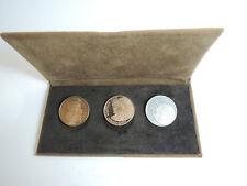 John Paul II Bronze, Silver, Gold Medallic Set / 3 medals 27mm, 8g Gold